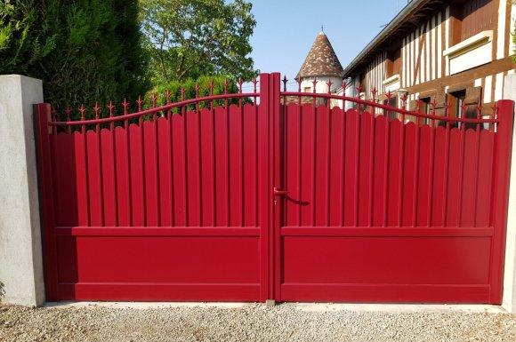 Installation de portail en fer forgé à Clermont-Ferrand